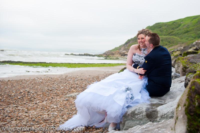 seance-photo-jeunes-maries-cap-gris-nez-dunkerque-calais-photographe-mariage-lille-arras (11)