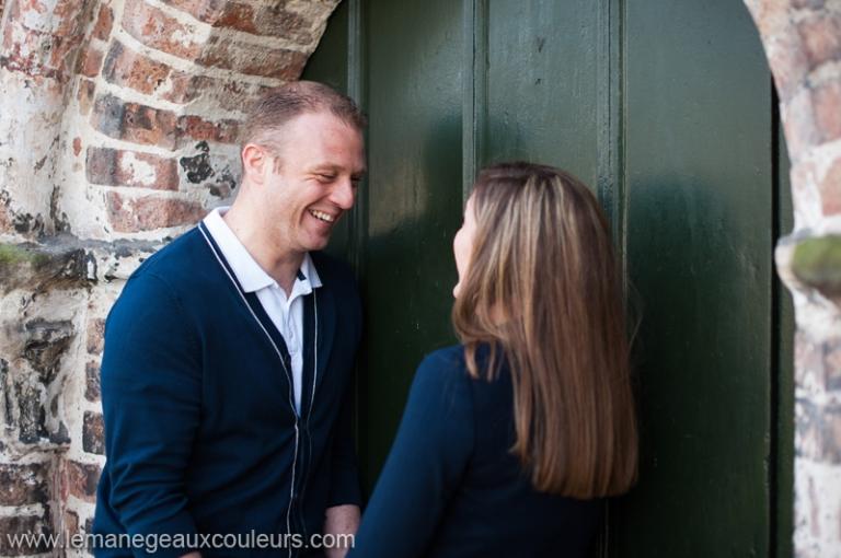 séance engagement à Bruges - photographe mariage lille