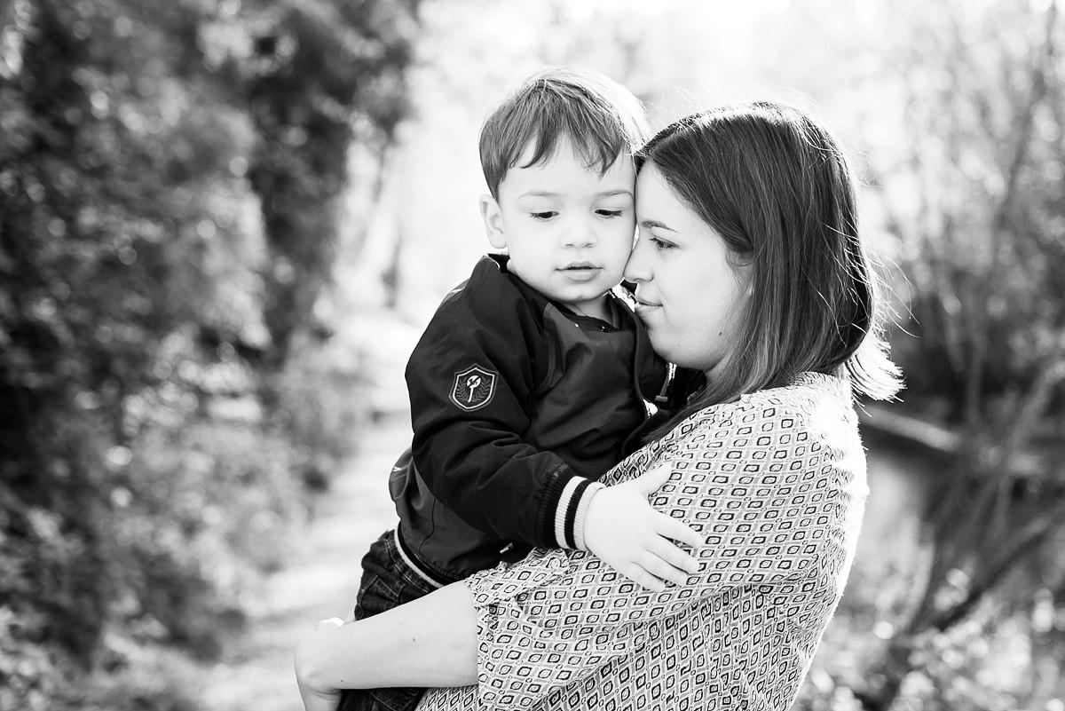 séance famille nord pas de calais lille portrait enfant maman naturel et non posé