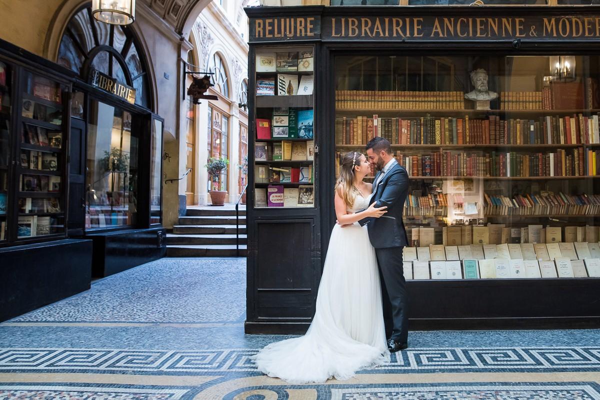 photographe mariage à paris galerie vivienne
