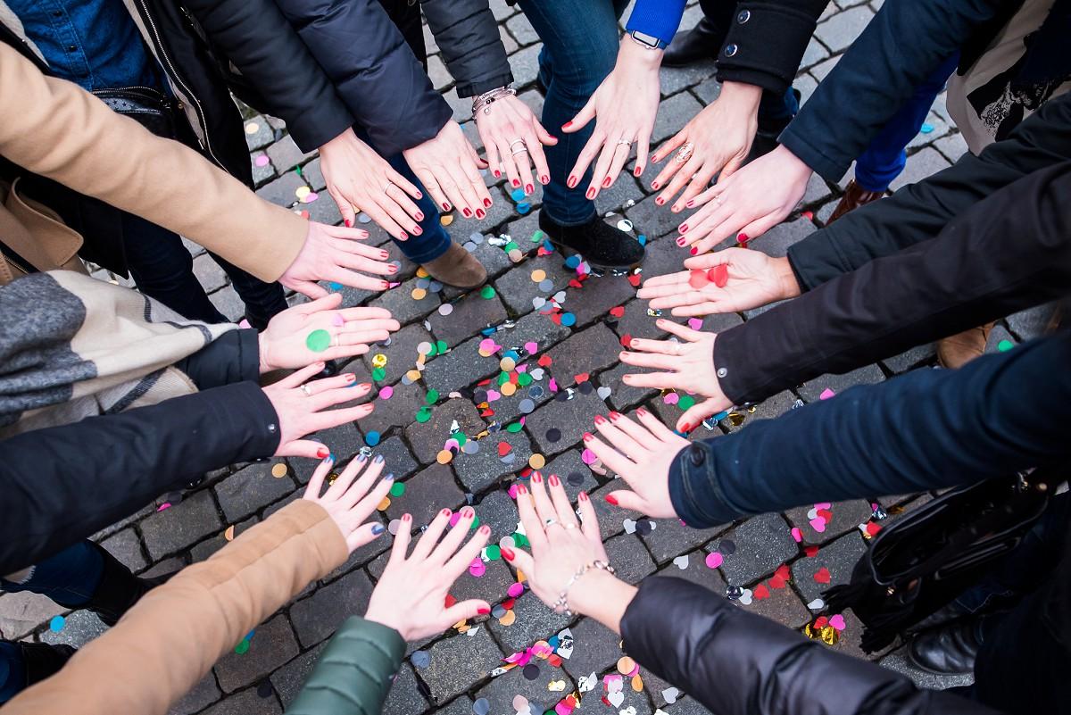 photographe EVJF Bruxelles groupe de copines