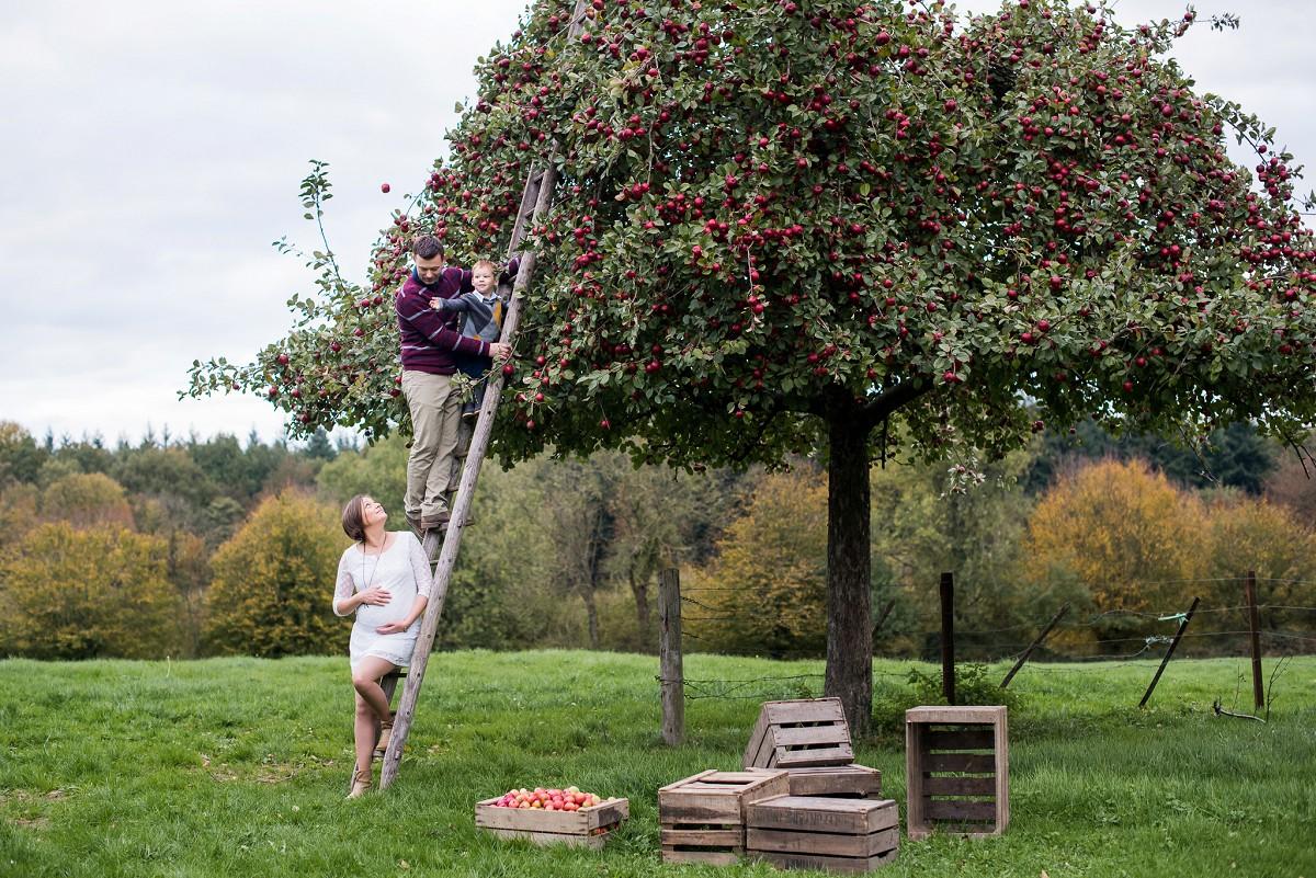 Séance photo en famille dans le Nord aux couleurs de l'automne