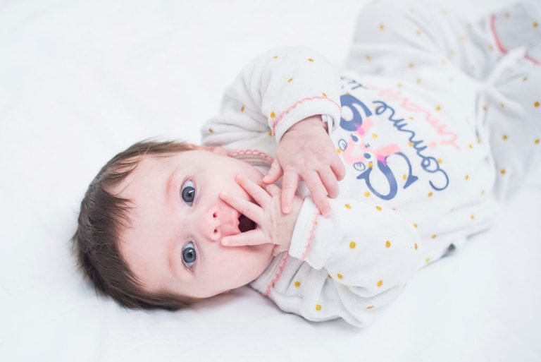 photographe bébé Tourcoing portraits de bébé