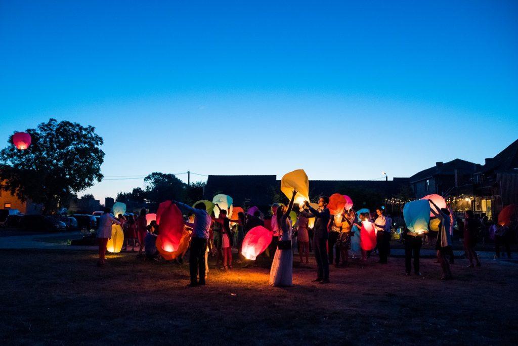 mariage à La Howarderie lâcher de lanternes