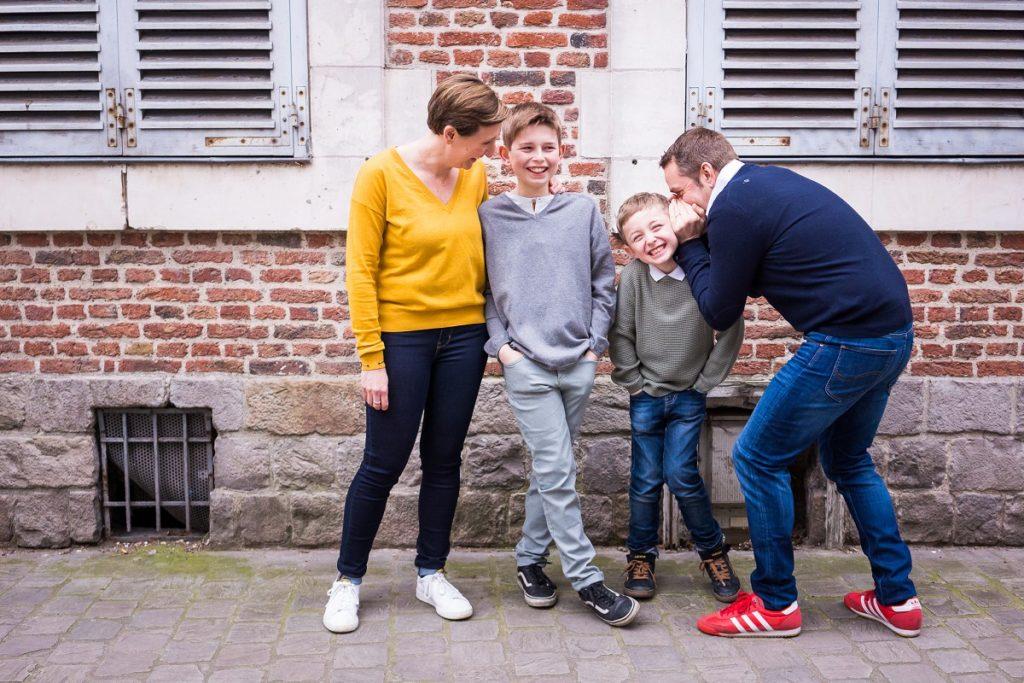 séance photo en famille à Lille 2 garçons de 6 et 10 ans