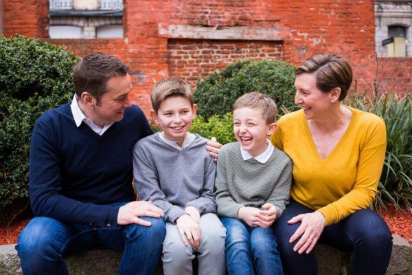séance photo en famille dans le vieux lille