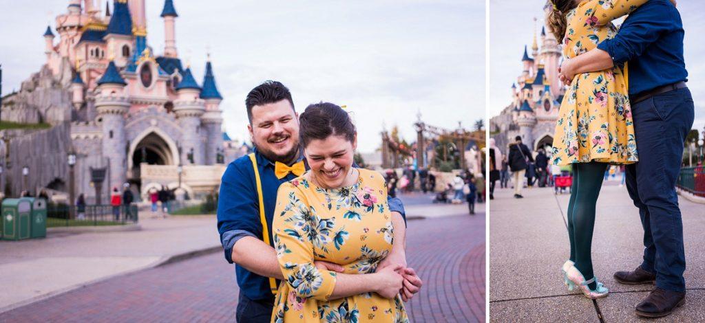 séance engagement à Disney photographe couple paris