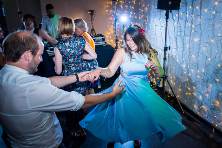 photographe-mariage-reportage-soiree-dansante (12)